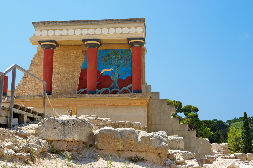 Knossos: Palace of the Minoans  HAEMUS  Center for ...