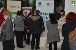 Grandma_March_Day_exhibition_by_HAEMUS_16